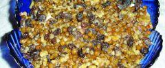 Kutia jest źródłem nienasyconych kwasów tłuszczowych, żelaza, wapnia, cynku, magnezu, witaminy E, B1 i B2 czy błonnika.